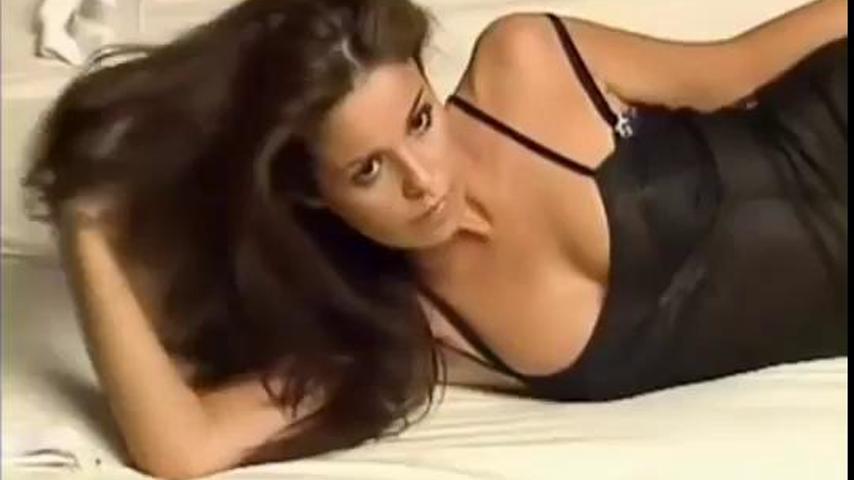 Marta Torné Brutal En FHM 2004